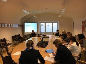 Mitglieder der montenegrinischen Studiengruppe und eine Vertreterin der Frauensektion